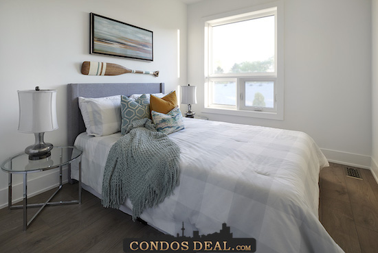 Curate Towns By The Lake Bedroom 3